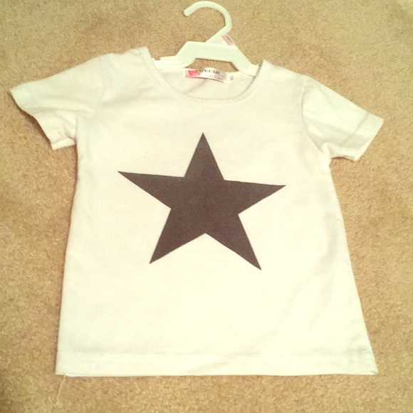 147ca1e0 2t girls Dallas Cowboys shirt